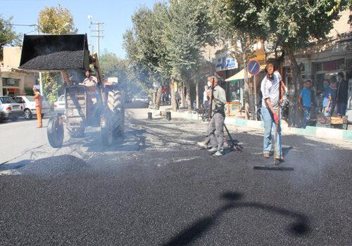عملیات آسفالت خیابان شهر فلاورجان